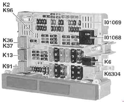 BMW 3-Sseries (E90, E91, E92, E93) - fuse box diagram - behind glove compartment