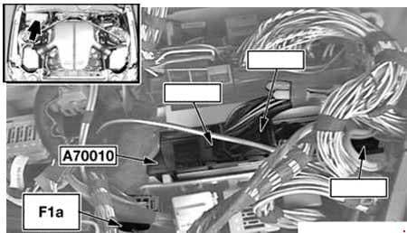 BMW 6-Series (E63 and E64) - fuse box diagram - engine compartment