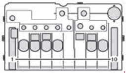 Mercedes-Benz Sprinter w906 - fuse box diagram - Pre-fuse box at the base of the driver's seat (only for auxiliary battery) F59/7